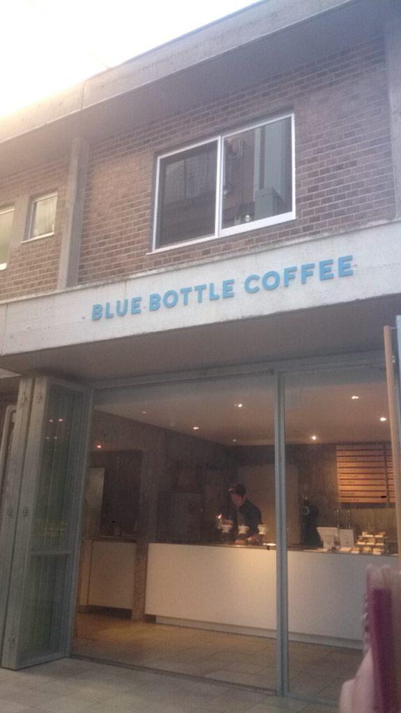 三茶 ブルーボトルコーヒー 外観